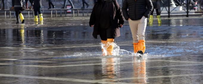 Climate adaptation, infrastructure and urbanism